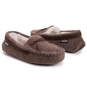 Mukluks Heritage Men's Moccasin Slippers NWT